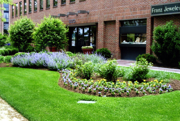 Commercial services for Garden landscaping services